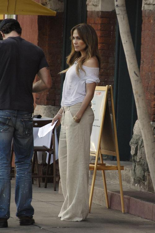 Monday Style Jennifer Lopez Street Style Fashionista The B Side